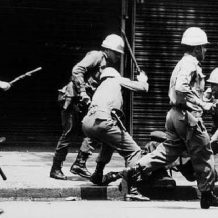 BRASIL – Bolsonaro,  Militares, Violência