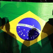 O Brasil na Contramão da História