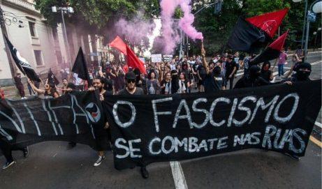 Unidade democrática contínua contra bolsomilicianos destruidores