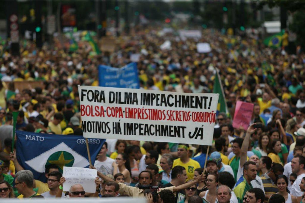 """A Desordem Mundial e Nacional – em busca do """"Diagnóstico Brasil"""""""